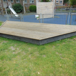 Stage in the Park – Bromley By Bow Centre